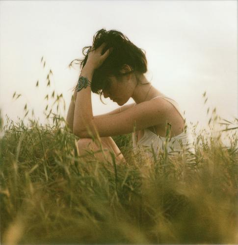 tumblr-girl-sitting
